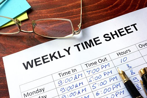 Managing schedules with IT consulting Toronto businesses turn to.
